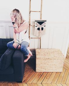 Just chill at home ✌️ ..On avance doucement mais sûrement la nouvelle deco à la maison ❤️ .....#home #instagood #instadaily #interior #mood #photography #peace #instamood #goodtimes #sunday #decoration #goodvibes #love #instapic #picture #enjoy #details #chill #chillin #happy #me #girl #blondie #lifestyle #frenchgirl #style #moment