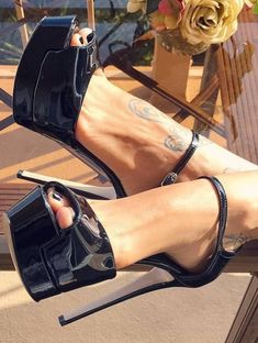 Do visit regularly as we often have new heels. Sexy Legs And Heels, Hot High Heels, Platform High Heels, High Heels Stilettos, High Heel Boots, Womens High Heels, Stiletto Heels, Sexy Zehen, Talons Sexy