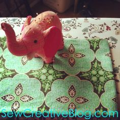 Tutorial- How To Sew An Infinity Scarf 30 Minute Project - Hello Creative Family Fun Arts And Crafts, Crafts To Do, Hobbies And Crafts, Diy Crafts, Fabric Patterns, Sewing Patterns, Infinity Scarf Tutorial, Dinosaur Stuffed Animal, Sewing Projects