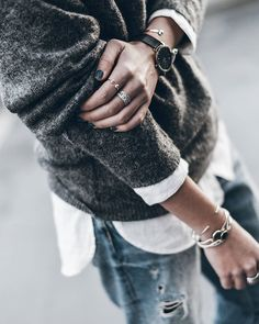 Details  Grey, white and denim! Have a lovely evening!  #details #whiteshirt…