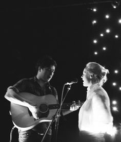 Marcus Mumford and Laura Marling.....some of my favorite music artists of all time!!!! <3