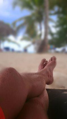 Schöner All inclusive Urlaub an einem traumhaften Strand in der Dominikanischen Republik Bayahibe Karibik. Das kristallklare Wasser in Bayahibe lädt zu einer erfrischenden Abkühlung im karibischen Meer ein. Entspannen am Strand ist ein absolutes Muss. Unter gar keinen Umständen sollte die Kamera zu Hause vergessen werden, man könnte sonst unvergässliche Fotomotive verpassen.
