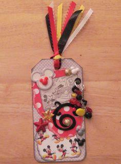 Disney Tag - Scrapbook.com Atc Cards, Card Tags, Gift Tags, Handmade Card Making, Handmade Tags, Disney Cards, Disney Diy, Disney Scrapbook Pages, Scrapbooking Layouts