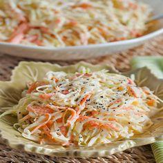 Salada de Repolho e Cenoura com Molho Cremoso – Caderno de Receitas
