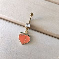 Gold Peach Belly Button Ring The Effective Pictures We Offer You About Piercing umbigo A quality picture can tell you Belly Button Piercing Cute, Cute Belly Rings, Belly Button Jewelry, Cute Piercings, Body Piercings, Belly Button Rings, Nose Rings, Dangle Belly Rings, Daith Piercing