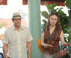 """After the """"Bones"""" wedding, Booth and Brennan take their honeymoon -- and solve a murder -- in Argentina. """"The Nazi on the Honeymoon"""" marks the Friday-night debut of """"Bones."""" that's just sad, they had to solve a murder on their honey moon. Booth And Bones, Booth And Brennan, Bones Tv Series, Bones Tv Show, Bones Season 9, Detective, Fox Bones, Seeley Booth, Movies"""