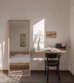 26 Rustic Bedroom Design and Decor Ideas for a Cozy and Comfy Space - The Trending House Home Bedroom, Bedroom Decor, Ikea Small Bedroom, Small Apartment Bedrooms, Oak Bedroom Furniture, Furniture Ideas, Deco Studio, Room Interior, Interior Design