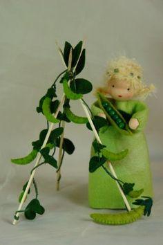 Pea++Flower+Child++Waldorf+Inspired++Nature+by+KatjasFlowerfairys,+€40.00