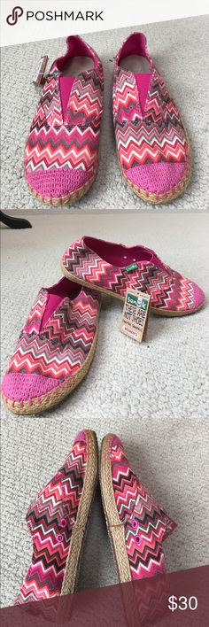 NWT Sanuk runaround jute slip-ons NWT Sanuk runaround jute slip-ons size 7. Super cute pink pattern. Great for upcoming spring. Sanuk Shoes Sneakers