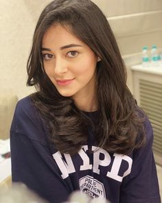 - Ananya panday  IMAGES, GIF, ANIMATED GIF, WALLPAPER, STICKER FOR WHATSAPP & FACEBOOK