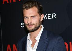 """Jamie Dornan z Fifty Shades: S Christianom Greyom by som sa nepriatelil """"Rád hrám postavy, ktoré sú v hĺbke zlomené, narušené. Má to pre mňa väčšiu výpovednú hodnotu,"""" hovorí herec o filmových charakteroch."""