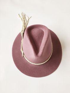 mauve angora hat...