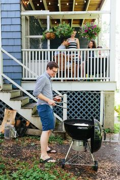 5 Mistakes to Avoid When Cooking on a Charcoal Grill. Great beginner BBQ or grilling tips for novice cooks that are tackling their first Memorial Day meal!