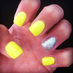 sia Magnificient Fall Beach Nails Designs How to remove a double hung wood window Article Body: Neon Yellow Nails, Yellow Nails Design, Bright Summer Nails, Yellow Glitter, Bright Colored Nails, Summer Toenails, Neon Nails, Cute Nails, Pretty Nails