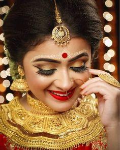 Hd Bridal Makeup, Bengali Bridal Makeup, Bengali Wedding, Bengali Bride, Bridal Beauty, Bengali Art, Indian Eye Makeup, Indian Eyes, Indian Bridal Photos