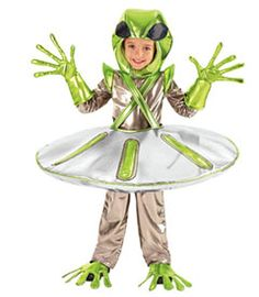 alien-in-spaceship costume - Chasing Fireflies