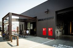 Completed in 2013 in Brunswick, Australia. Images by Michael Kai. Code Black is simultaneously a laboratory, a workshop and a hub for connoisseurs of the dark art and science of coffee.  Its design delivers a...