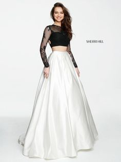 Sherri Hill dresses are designer gowns for television and film stars. Find out why her prom dresses and couture dresses are the choice of young Hollywood. Indian Gowns Dresses, Indian Fashion Dresses, Indian Designer Outfits, Girls Fashion Clothes, Evening Dresses, Prom Dresses, Stylish Dresses For Girls, Elegant Dresses, Pretty Dresses
