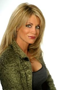 Ellen Irlene Mandrell (born January 29 , 1956 ) is an American musician , actress and model . She is the younger sister of country singers Barbara Mandrell and Louise Mandrell . Mandrell was born in. Best Country Music, Country Music Videos, Country Music Artists, Country Music Stars, Country Women, Country Girls, American Folk Music, Country Female Singers, Female Stars