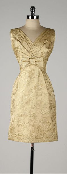 vintage 1950s dress . metallic gold brocade . by millstreetvintage