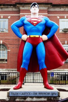 12. Our first stop in Illinois will be the booming metropolis of Metropolis (population 6,500), hometown of the one and only Superman! That is one super-looking statue they've got there, and I've always wanted my picture taken with a superhero.  @rothcheese  #AdventureAwaits
