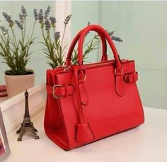 Unique Business Names, Red Handbag, Handbags, Designer Bags, Collection, Simple, Sweet, Fashion, Red Tote Bag