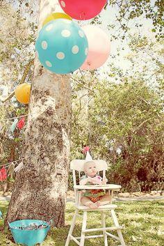 Juneberry Lane: Big Round Balloons