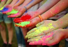 Holi (festival of colors) Celebrated by Hindus Around the World Holidays Around The World, Festivals Around The World, Around The Worlds, History Of Holi, Full History, Happy Holi Picture, Celebration Images, Holi Celebration, Holi Images