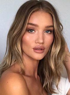 Pinterest: DEBORAHPRAHA ♥️ Rosie huntington whiteley makeup look