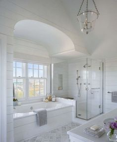 Dreaming of a luxuriousness or designer master bathroom? We have gathered together plenty of gorgeous master bathroom some ideas for small or large budgets, including baths, showers, sinks and basins, plus bathroom decor ideas. Bathroom Tile Designs, Bathroom Layout, Bathroom Interior Design, Tile Layout, Bathroom Colors, Coastal Bathrooms, Dream Bathrooms, Modern Bathroom, Dyi Bathroom
