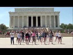 I MUST BE IN THE NEXT 1D FLASH MOB.OFFICIAL: One Direction Flash Mob D.C