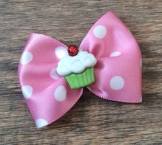 Hey, I found this really awesome Etsy listing at https://www.etsy.com/listing/481127743/christmas-cupcake-dog-or-infant-bow-cute