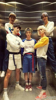 My boys.  #shinee #view>>>>>> you wanna bet Jjong is wearing insoles?