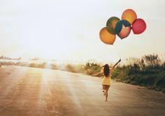 Auch wenn alles in deinem Leben nach Chaos aussieht: Du solltest niemals den Kopf in den Sand stecken. Schließlich ist (fast) alles eine Frage der Perspektive...