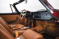 1968 Ferrari 275 GTS/4 NART | (275 GTB/4 NART Spyder) | Colombo V12, 3,286 cm³ | 300 bhp