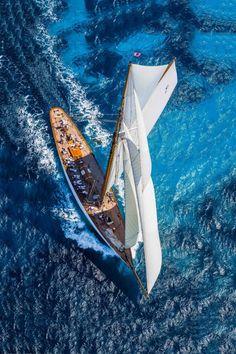 Mariquita C1, 19-Metre yacht.Classic Yachting Art&Design @classic_car_art #ClassicCarArtDesign