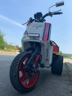 Trike Scooter, Bike, Himalayan, Tractors, Honda, Electric, Motorcycle, Check, Bicycle