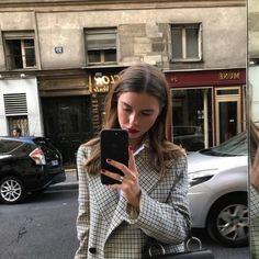 """roespiration: """" Sophia Roe https://instagram.com/p/BY6GuZ6hiok/ (her: Place Saint-Germain-des-Prés) """""""