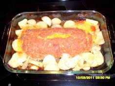 Cheeseburger Meatloaf with Potatoes
