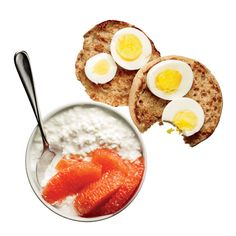 Healthy Breakfast Under 400 Calories: Egg Muffin With Cottage Cheese and Grapefruit. Get the recipe here: http://blog.womenshealthmag.com/dish/lunch-under-300-calories-open-faced-lox-sandwich/