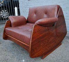 Pair of Brazilian Jacaranda Lounge Chairs by Jorge Zalszupin 3