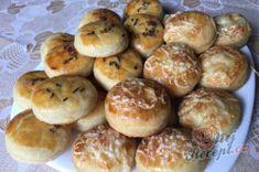 Příprava receptu Šumavské pagáče ze smetany bez kynutí, krok 10 Biscuits, Muffin, Breakfast, Food, Crack Crackers, Morning Coffee, Cookies, Essen, Biscuit