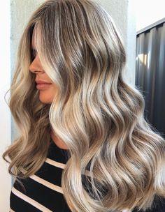 Pinterest: DEBORAHPRAHA ♥️ long hair with big curls and blonde balayage hair color