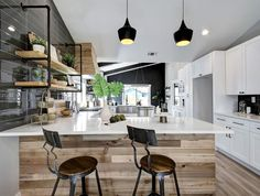 Open concept kitchen and living room – 55 designs & ideas - interiorzine Living Room Kitchen, Home Decor Kitchen, Modern Kitchen Design, Interior Design Kitchen, G Shaped Kitchen, Rustic Kitchen Island, Kitchen Islands, Kitchen Arrangement, Cocinas Kitchen