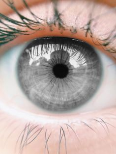 The eye color of the non-gifted people