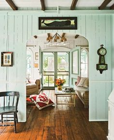 love the double screen doors Classic cottage feel. Austin interior designer Tracey Overbeck Stead and her husband Ethan renovated a cozy cottage of their own. House of Turquoise Coastal Living Rooms, Cottage Living, Coastal Cottage, Coastal Decor, Coastal Style, Cozy Cottage, Cottage House, Coastal Furniture, Furniture Decor