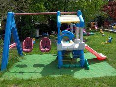 Famili Care Playground (Famili Care Playground) design ideas and photos Bonus Room Playroom, Small Playroom, Baby Playroom, Playroom Ideas, Kids Backyard Playground, Playground Design, Backyard For Kids, Garden Play Equipment, Kids Outdoor Play Equipment