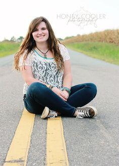 #senior #portrait #road #girl