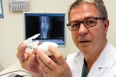 Materialise Turns X-Rays Into Seamless 3D Printed Guides for Knee Replacement Surgery http://3dprint.com/16190/3d-print-knee-materialise/