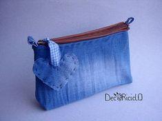 decoriciclo: astuccio jeans da borsetta appiccicosa